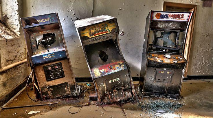 Máquinas Arcades abandonadas